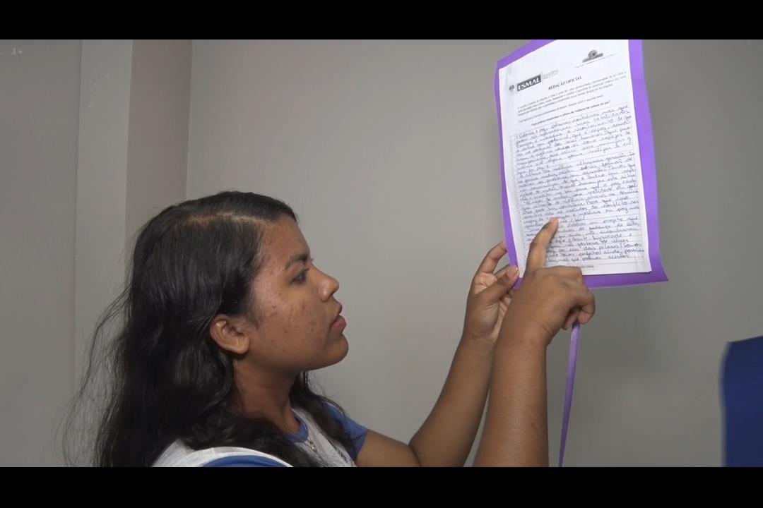 Esmal premia melhores redações de estudantes da rede pública